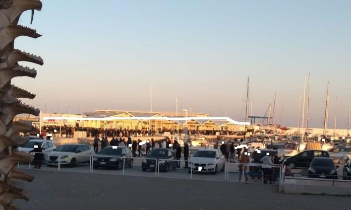Manfredonia è stata presa letteralmente d'assalto nel pomeriggio nei luoghi principali di aggregazione della città: Corso Manfredi, Lungomare, Siponto, Piazze, e soprattutto Porto Turistico.