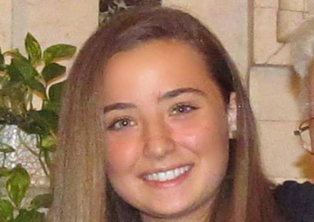 Intanto è morta Camilla Canepa, la 18enne di Sestri Levante ricoverata domenica al S.Martino di Genova dopo una trombosi al seno cavernoso e operata per la rimozione del trombo e ridurre la pressione intracranica. Era stata vaccinata con AstraZeneca il 25 maggio nell'open day per gli over 18.
