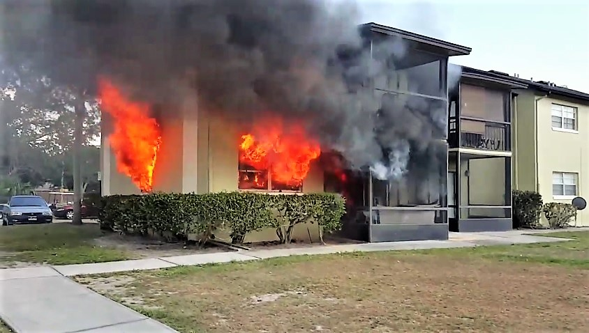 Pre Arrival Video From Florida Apartment Fire Statter911