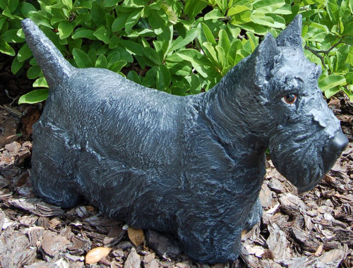 Piper Scottish Terrier Dog Statue