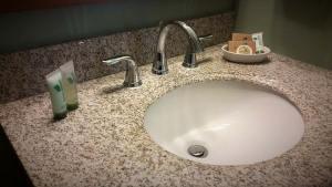 Bathroom Sink Amenities
