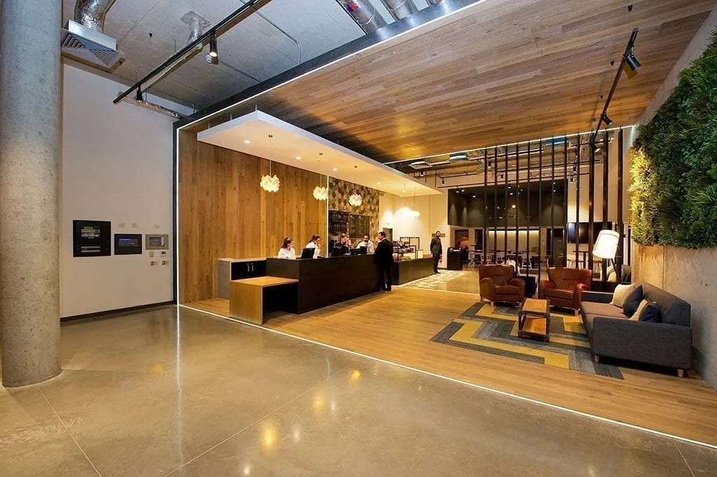 Staycity Apartment Hotel London Heathrow  with Parking