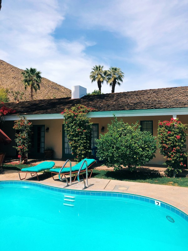 Palm Springs Weekend - Stay Classic