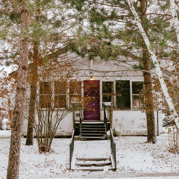 Snow in Minnesota - Stay Classic