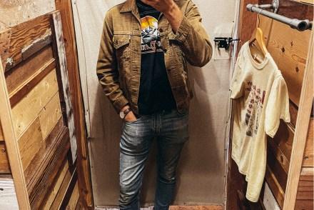 Vintage Dressing Room Selfie - Stay Classic