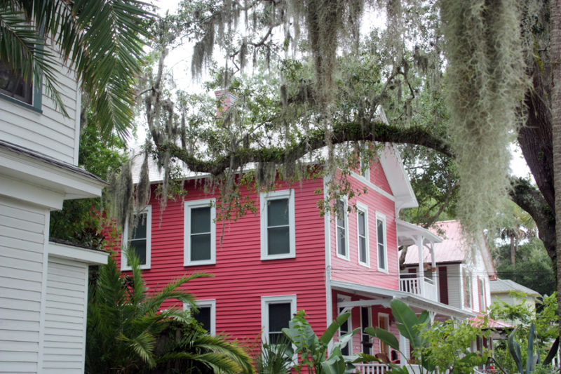 historic downtown Saint Augustine, Florida: sight seeing in the beautiful seaside town of the oldest city in the US! |Stay gold Autumn