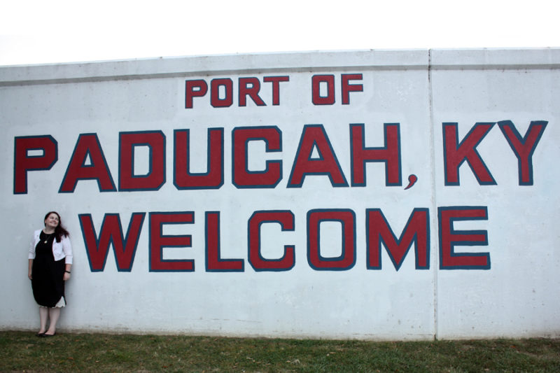 A quick trip to Paducah, Kentucky: my thoughts and essay on what I think about home now |Stay gold Autumn