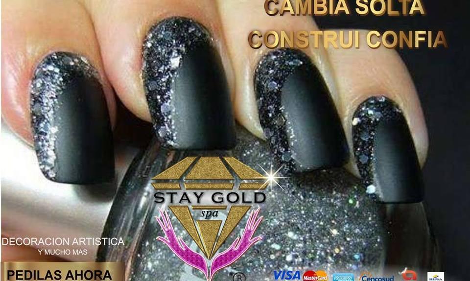 black gems nails uñas esculpidas gemas negras