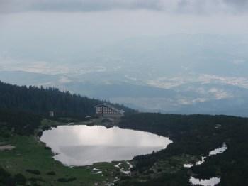 Pl.dom Bezbog i istoimeno jezero