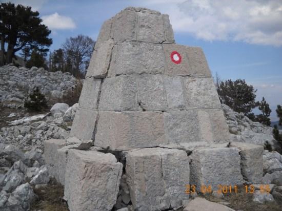Granični kamen BiH-CG