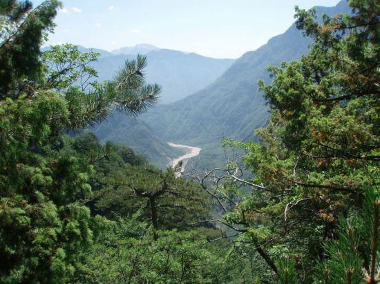 Pogled-na-kanjon-Dive-Grabovice