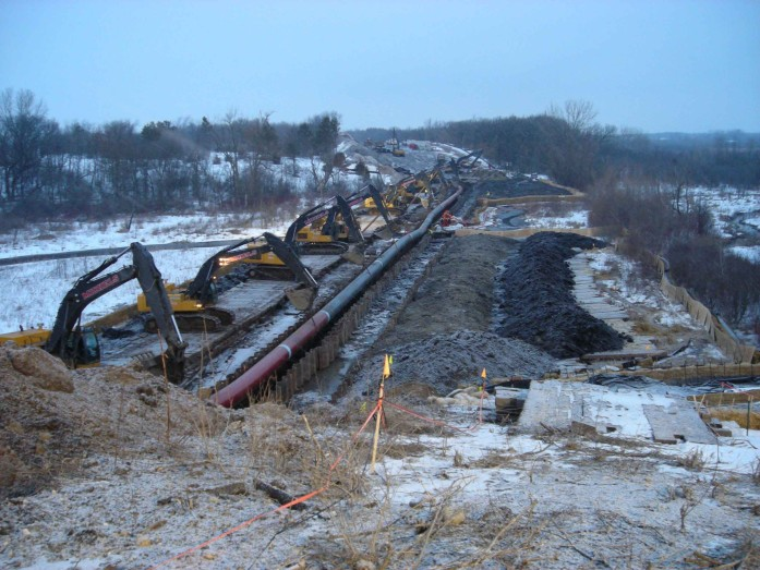 Line 61 pipeline under construction in Wisconsin