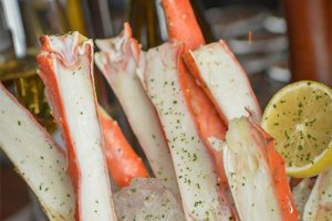 Iced King Crab Legs with a Lemon Garnish