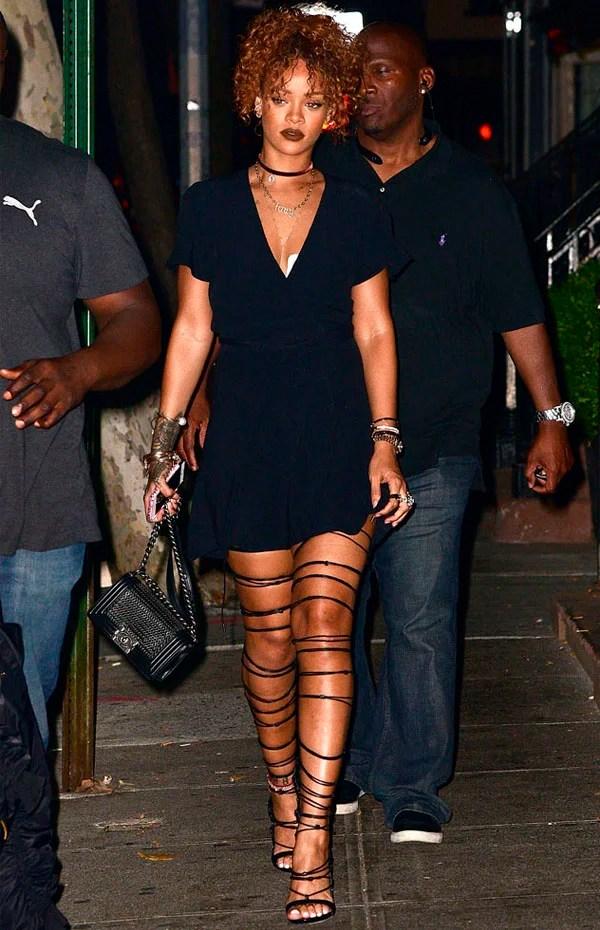 Resultado de imagem para Rihanna looks