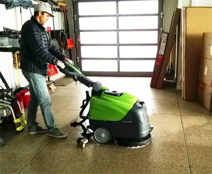 Ipc Eagle Ct45b50 Automatic Scrubber 20 With Brush Agm