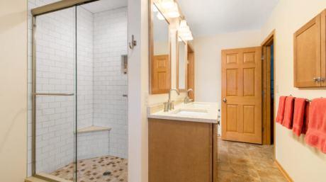 Parisian Style Bathroom Remodel in Williams Bay - IMG_0455-862x482