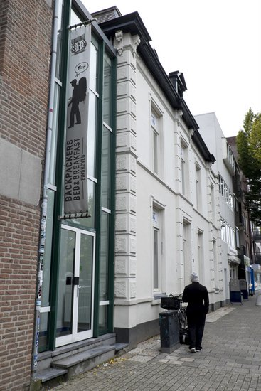 Backpackers Bed and Breakfast Eindhoven  EindhovenNownl