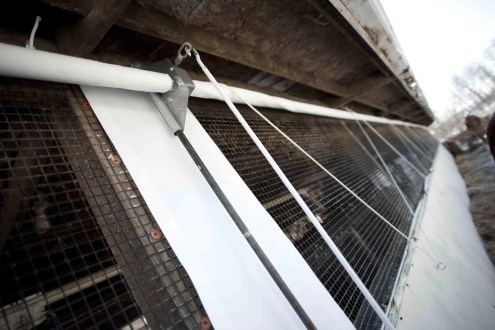 Industrial Barn Curtains with Roll Up System Controlling Livestock Temperature and Methane Gases