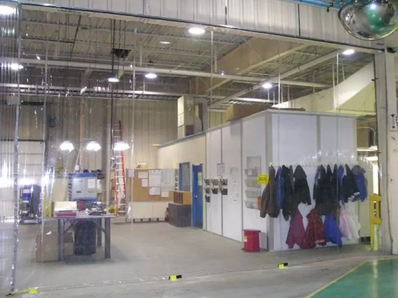 high-quality-warehouse-curtain-dividers-blockout-noise