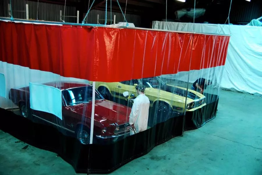 Body shops curtains layouts