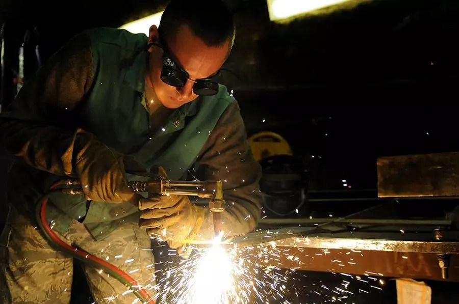 welders-require-protection-for-their-eyes and-lungs