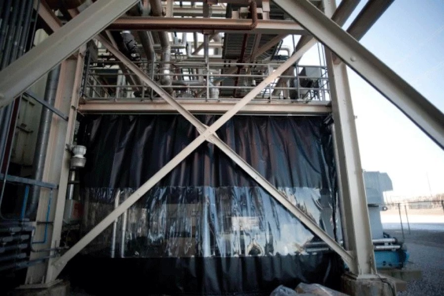 industrial curtains keep out pests