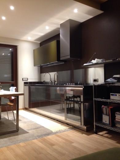 Altro esempio di disposizione cucina lineare è quella collocata su due fronti. C85 Cucina Su Due Pareti Kuchen Steellart