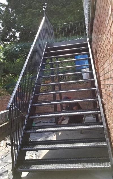 Steel And Metal Staircases Steel Masters Nyc   Steel Steps For Stairs   Chequer Plate   Fabricated   Wire Mesh   Prefabricated   Corrugated Metal