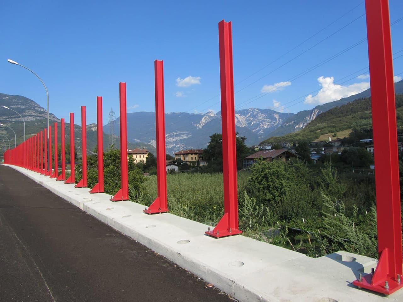 Montanti barriere fonoassorbenti