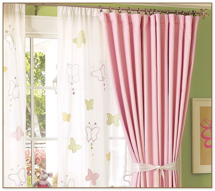 Red And Beige Curtains