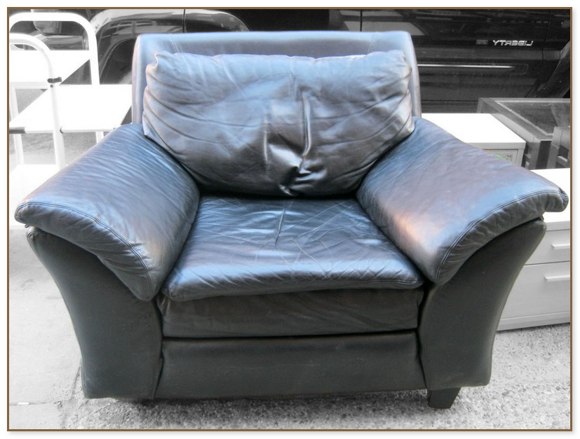 Overstuffed Chairs With Ottoman