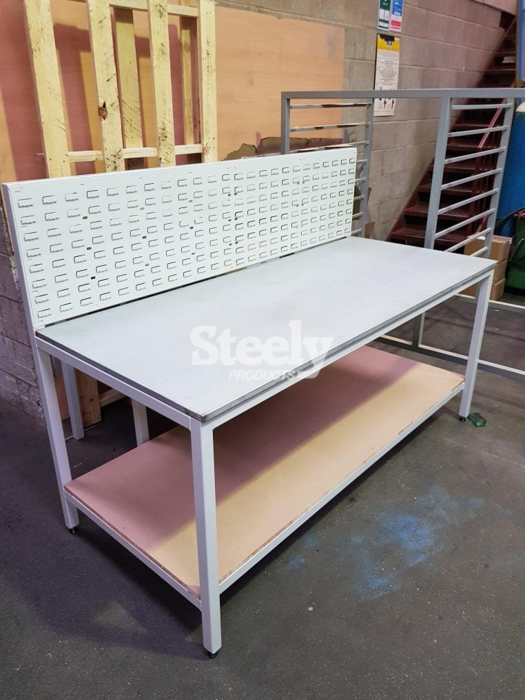 Work Bench with Panel Back