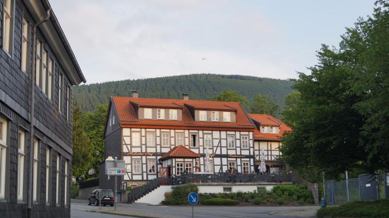 Et Biker-hotel i Harzen og en tjener i verdensklasse (med video)