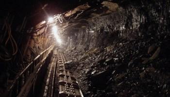 Coal Black Mineral Underground  - hangela / Pixabay