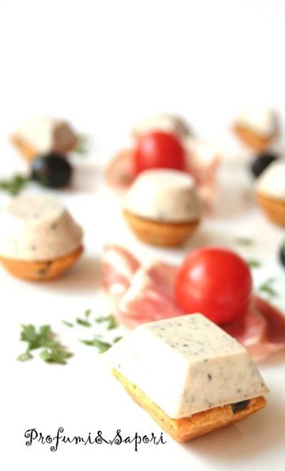 Sablè alle olive con mousse saporita 01 copia - Copia