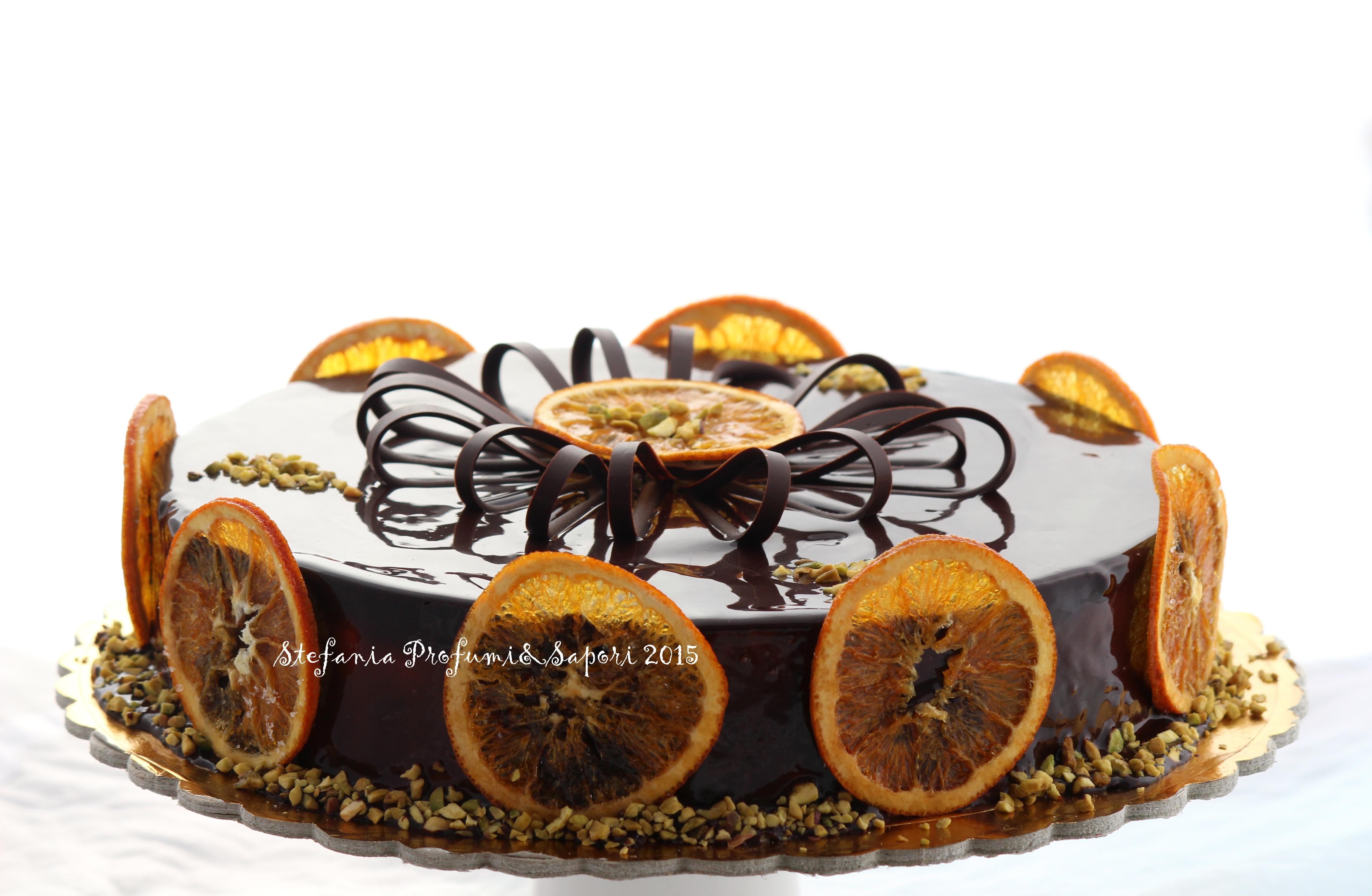 Ricetta Salame Al Cioccolato Montersino.Torta Chantilly Al Grand Marnier Pistacchio E Cioccolato Di Luca Montersino Stefania Profumi E Sapori