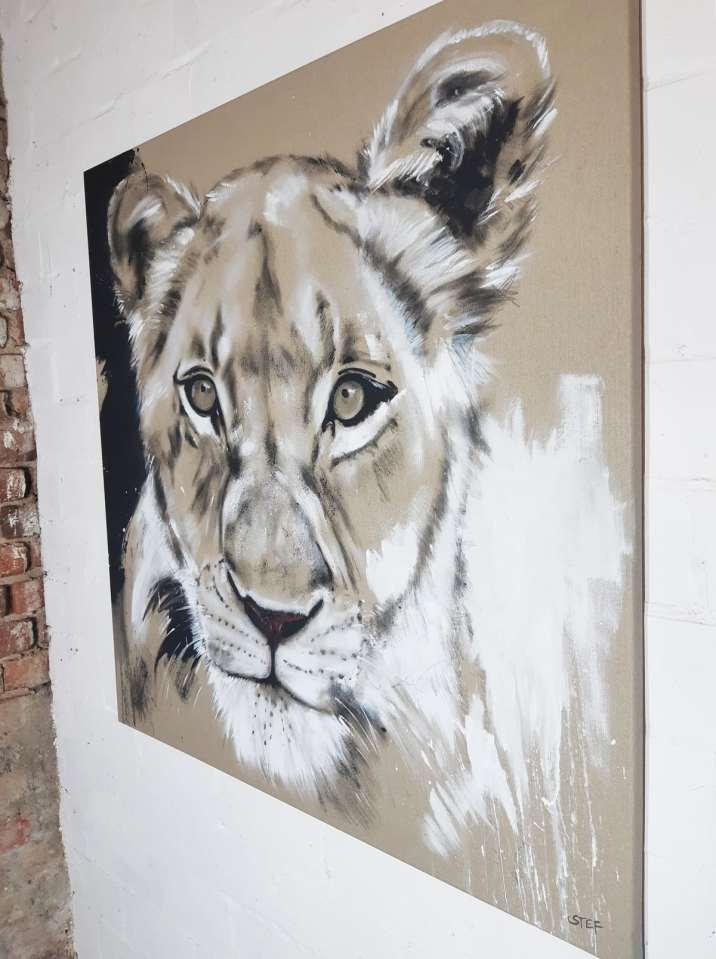 Leinwandbild Löwin, expressive zeitgenössische Malerei von Stefanie Rogge
