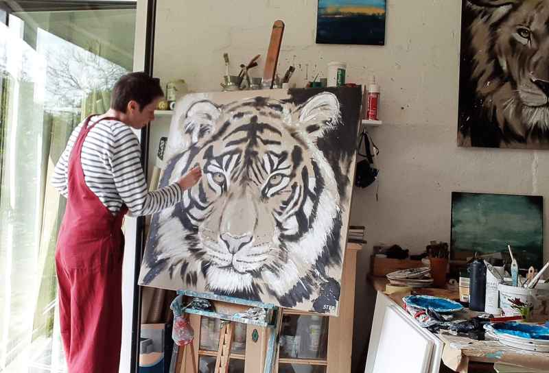 Im Atelier ** Tiger Gemälde von Stefanie Rogge