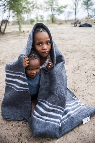 namibia-kalahari-bushmen_0018