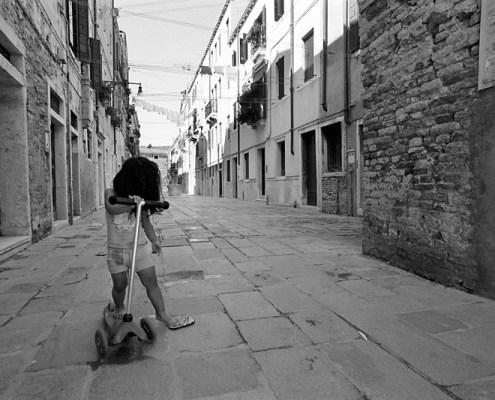 bimba a venezia