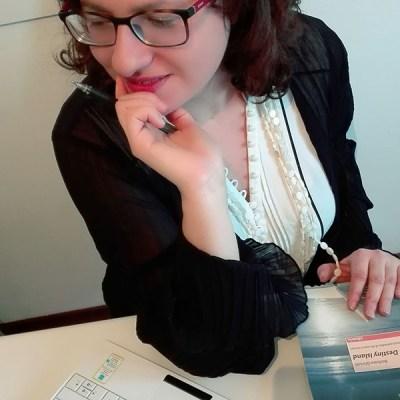 """Barbara Ghinelli, l'autrice di """"Ombre dal Passato"""""""