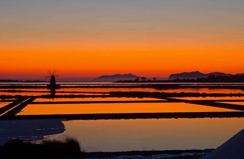 Marsala - un'altro tramonto sulle saline