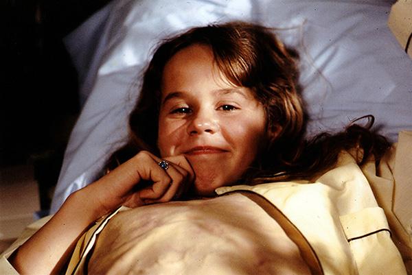 L'attrice Linda Blair sul set prima del trucco