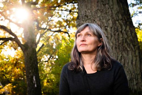 Anna Höglund, författarporträtt åt Bonnier Carlsen 2013. Fotograf Stefan Tell