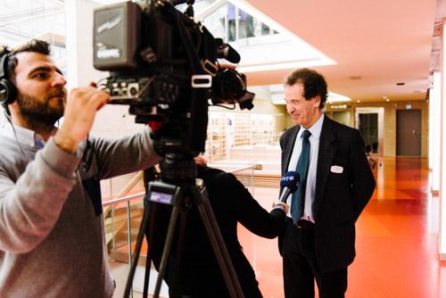 SVT-intervjuar-Larry-Lempert-ALMA-2014