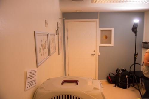 upplättningsblixt-veterinär-litet-rum-reportagebilder