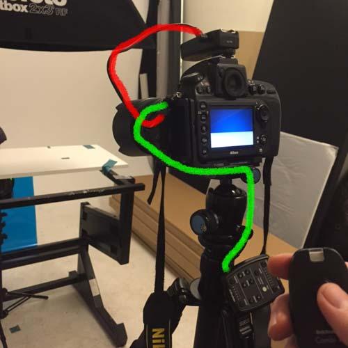 11_fjärrutlösare-tillsammans-med-profoto-air-radiosändare-kamera-stop-motion-fotostudio