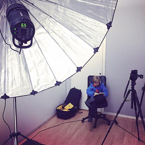 bts-Profoto-Giant-reflector-180-paraply-fotostudio