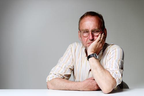 sovande-trött-författare-Erik-Sidenbladh