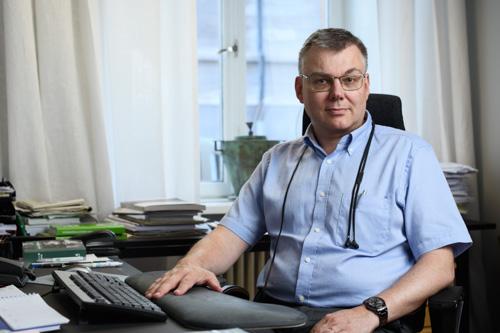 Veterinarmagazinet_Johan-Beck-Friis-Sveriges-Veterinarforbund-portratt-artikel-tidning
